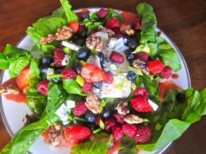 Berries, Spinach, and Blue Cheese Salad