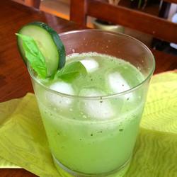 Cucumber Basil Sparkler: The Sweet Taste of Summer