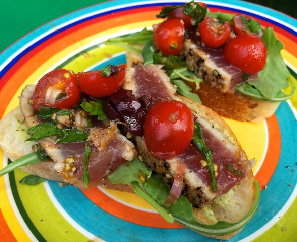 Seared Tuna Crostini | #pkway