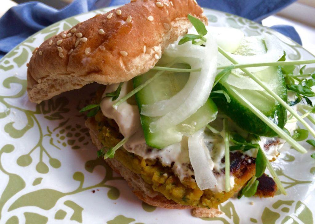 Falafel Burger | #pkway